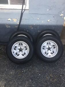 Summer tires and rims