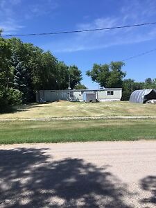 House trailer and lot for sale