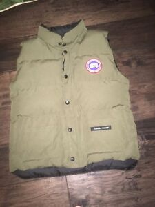 Canada goose vest size XL kids and size small men's