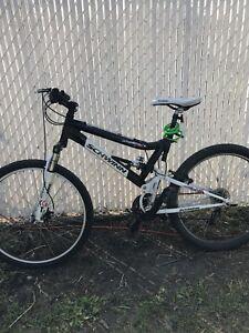 Schwinn Graft Pro 27 Full Suspension Mountain Bike, 26-in