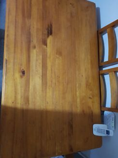 Solid wood dinning table need gone ASAP