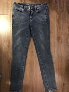 American Eagle high Rise jeans size 6