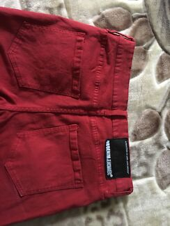 Red men's jeans size 32