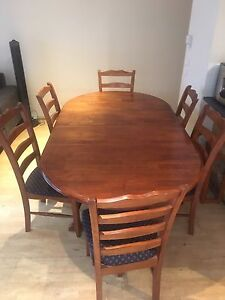 Extendable Dining table and 6 chairs. Make an offer. North Melbourne Melbourne City Preview