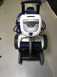 Polaris P935 robotic pool cleaner