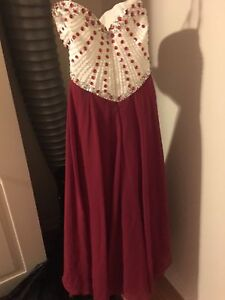 Sweetheart red prom dress good condition