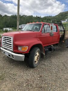 1998 ford 3 ton crew cab low kms