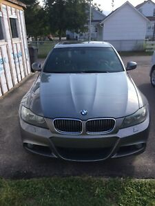 Bmw 335xdrive m- packages 2010 9500$