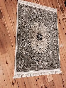 Persian style French carpet floor rug mat Erskine Park Penrith Area Preview