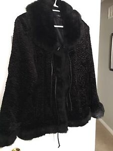 UTEX FAUX FUR JACKET WITH TIE UPS-LIKE NEW!