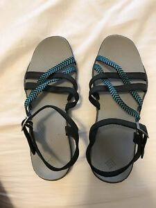 Columbia women's sandals - new - size 9