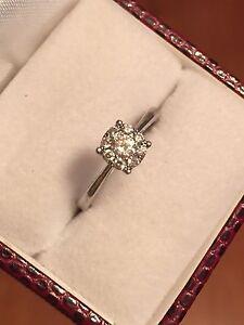 Diamond Ring 10 kt white gold