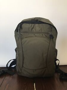 Convertible Camera Backpack — EXCELLENT CONDITION