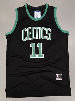 Kyrie Irving's new jersey