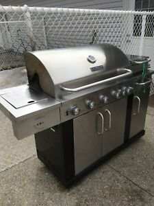 Master Forge BBQ - propane and natural gas