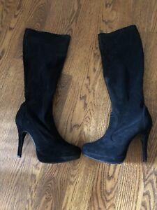 Ladies new black boots 10