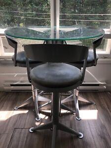 Table bistro  et tabouret Aluminium Verre