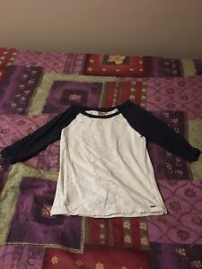 Women's 3/4 length sleeve white lace & navy blue top size M