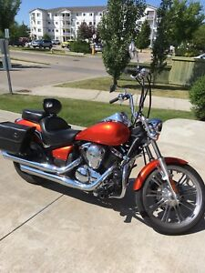 Must sell - 2009 Kawasaki vulcan 900 custom