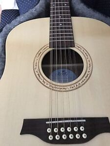 Seagull 12 ISYS T 12 String Mint with Hard Case