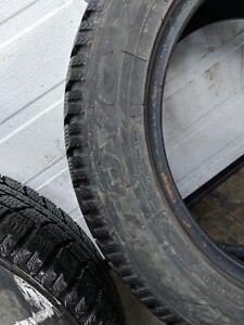 4 pneus hiver TOYO