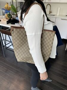 Authentic Gucci shoulder bag paid $850!  Only $350
