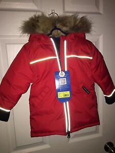 Canada goose kids winter coat NEW. Tags.