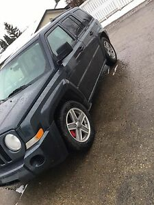 Jeep Patriot 2008 4WD LOW KM
