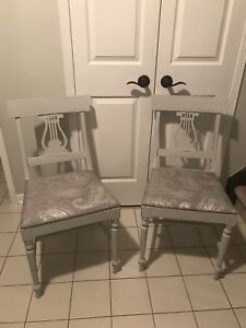 Solid wood refinished shabby chic chairs and side table