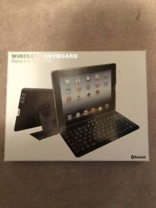 Bluetooth keyboard and protective tablet cover