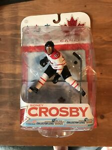 Sidney Crosby Mcfarlane variant sports action figure