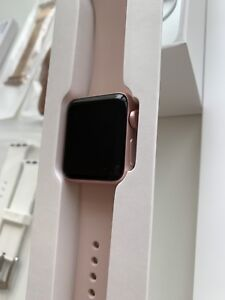 Apple Watch 2 38mm Pink W / GPS + 5 additional straps
