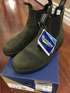 Brand New Blundstone size: men 9 women 11