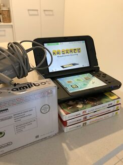 """Nintendo 3DS XL """"NEW Model"""" + one game + Amibo + genuine charger"""