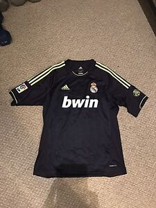 Lots of Soccer Jerseys for sale - Large/XL