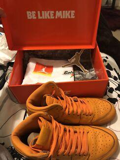 f13c9bab1  LIMITED EDITION  Jordan 1 Retro - Gatorade Orange Peel