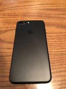 LNIB iPhone 7 Plus 32GB 10/10 Condition