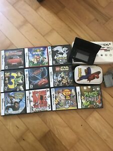 Nintendo DSi system with case/games