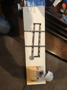 Insignia TV wall mount never used