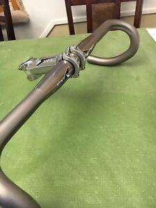 Shimano pro handlebar and stem combo - mint