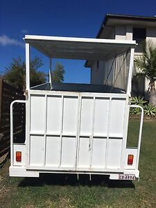 Dog grooming trailer Oxenford Gold Coast North Preview