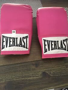 Brand new boxing gloves size s/m Thomastown Whittlesea Area Preview