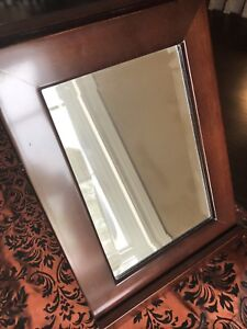 Bombay Co. Tabletop mirror - excellent condition