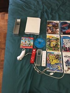Nintendo wii 2 controllers and 13 games Softmod to play off USB