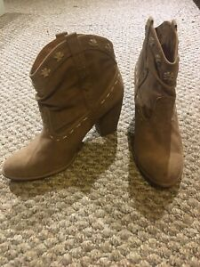 Ladies suede ankle boots with heel size 10