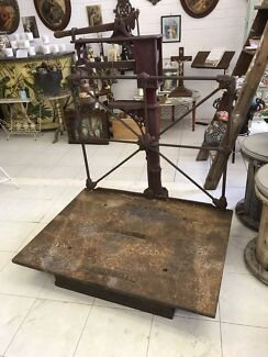 Vintage/antique wool scales