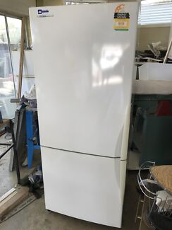 Westinghouse Fridge 430L