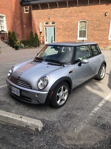 2006 Mini Cooper in great condition with only 104K