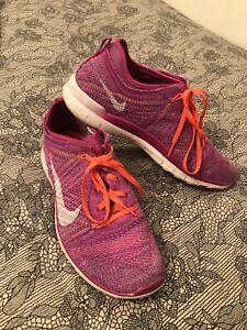 Size 10 Nike woman's running shoe