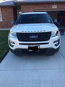 REDUCED 2017 Ford Explorer Sport *loaded*